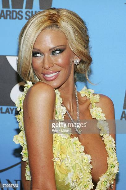 Adult film actress Jenna Jameson arrives at the 24th annual Adult Video News Awards Show at the Mandalay Bay Events Center January 13, 2007 in Las...