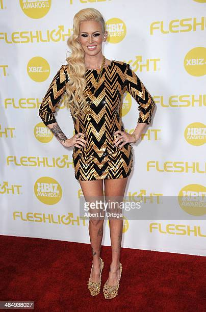 Adult film actress Jenna Jameson arrives for the 2014 XBIZ Awards held at The Hyatt Regency Century Plaza Hotel on January 24, 2014 in Century City,...