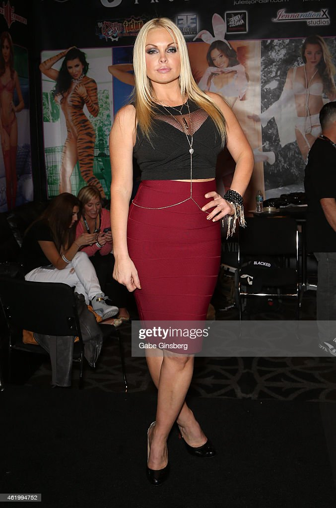 Adult film actress Jesse attends the 2015 AVN Adult