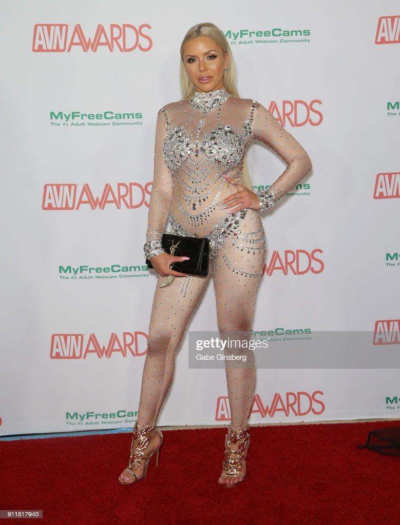 Fake nude male celebrites