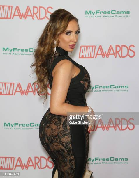 Adult Film Actress Richelle Ryan Attends The 2018 Adult Video News Awards At The Hard Rock