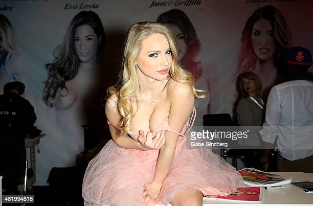 Adult Film Actress Staci Carr Attends The  Avn Adult Entertainment Expo At The Hard Rock