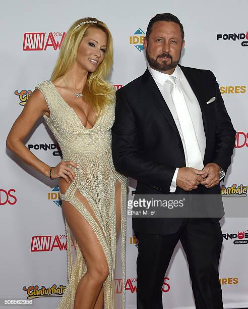 Adult film actress/director jessica drake and her husband adult film actor/director Brad Armstrong attend the 2016 Adult Video News Awards at the...