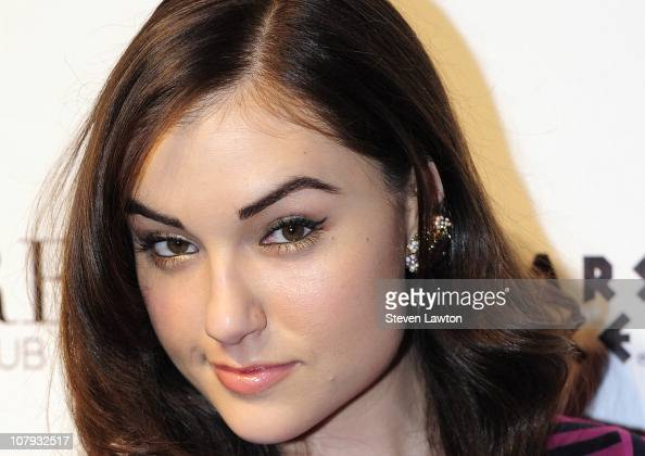 Sasha grey reading-7369