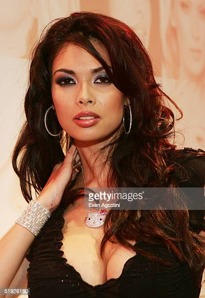 Adult Film star Tera Patrick participates in the 2005 AVN Adult Entertainment Expo at the Sands Convention Center at the Venetian Hotel January 7...