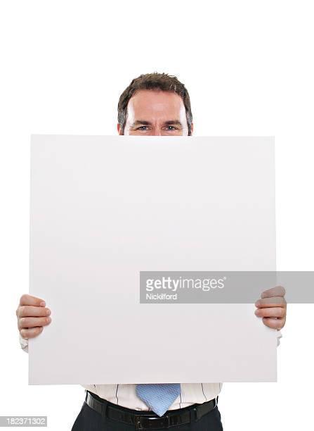 Adulto homem segurando branco de