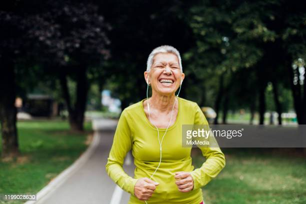 adult person with active lifestyle - active lifestyle stock pictures, royalty-free photos & images