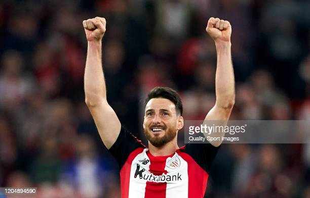 Aduriz of Athletic Club celebrates after winning during the Copa del Rey Quarter Final match between Athletic Club de Bilbao and FC Barcelona at...