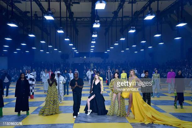 Adut Akech designer Virgil Abloh Gigi Hadid Bella Hadid and Karlie Kloss during the OffWhite Ready to Wear fashion show as part of the Paris Fashion...