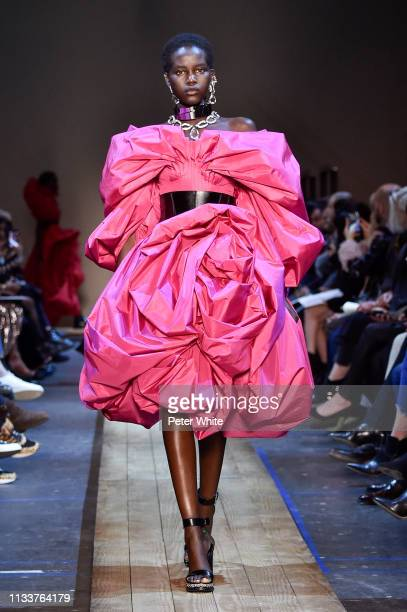 Adut Akech walks the runway during the Alexander McQueen show as part of the Paris Fashion Week Womenswear Fall/Winter 2019/2020 on March 04 2019 in...