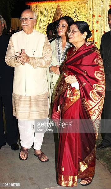 Advani with daughter Pratibha and wife Kamla during actor Vivek Oberoi's wedding reception in Mumbai on October 31 2010