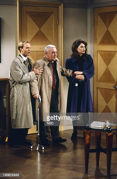 FRASIER Adventures in Paradise Part 2 Episode 9 Pictured David Hyde Pierce as Doctor Niles Crane John Mahoney as Martin Crane Jane Leeves as Daphne...