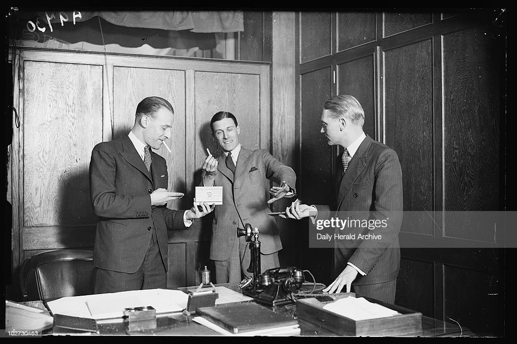 advertisement for cigarettes 1932 a photograph of three men