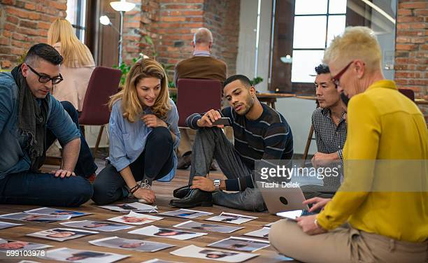 Advertising Agency Team Choosing Model For Campaign