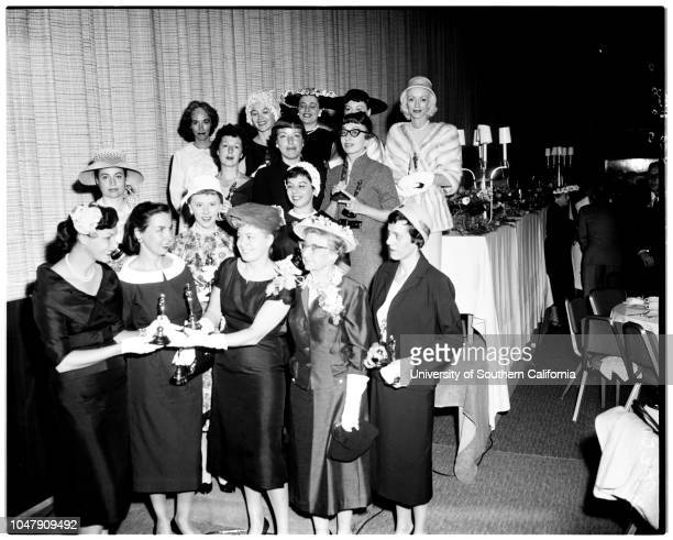 Advertising women awards 4 May 1958 Fran O'NeilTerry McFaddenShelley Winters Frances HolmesMiv SchaafEva Dickstein RobertsLC ConnerCynthia...