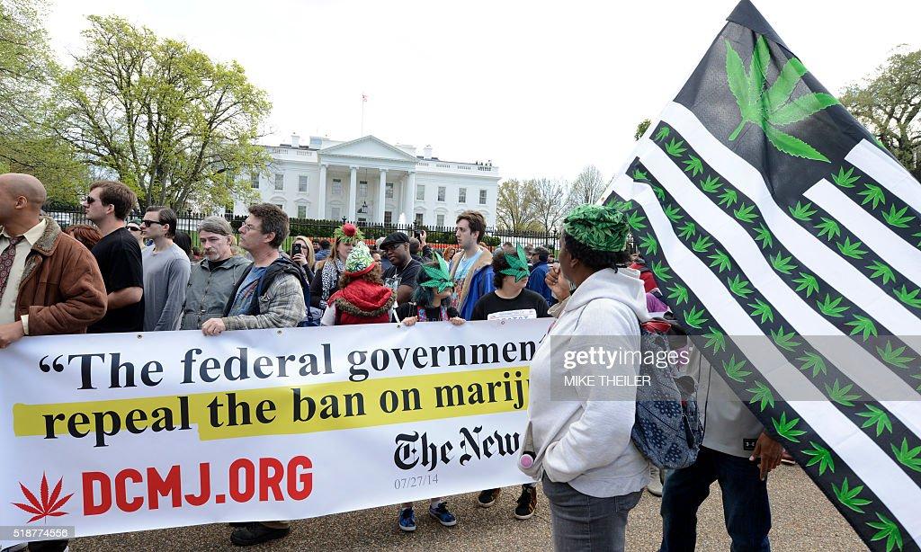 US-CANNIBAS-MARIJUANA-PROTEST : Fotografía de noticias