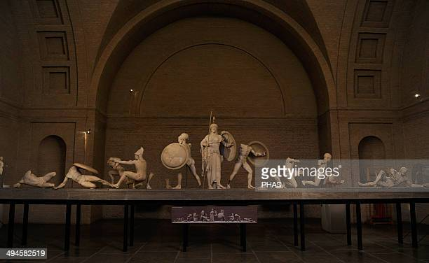 Aegina West Pediment 500490 BC Gods in battle before Troy in the presence of the goddess Athena Fighting during the siege of Agamemnon Late Archaic...