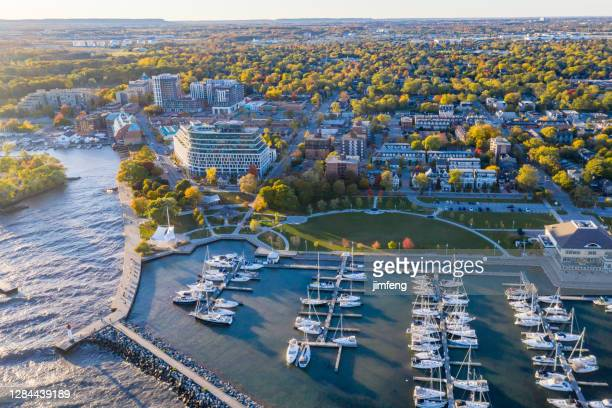 aerial bill hill promenade park at the lakeside of lake ontario, oakville, canada - ontario canada stock pictures, royalty-free photos & images