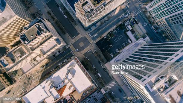 ノースカロライナ州ローリーの空中都市景観 - ノースカロライナ州ローリー ストックフォトと画像