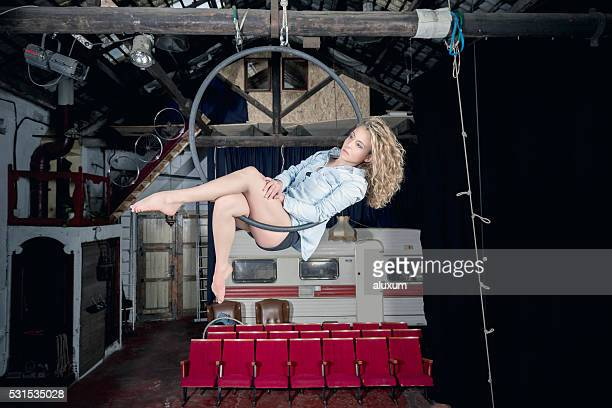 空からダンサー - 空中曲芸師 ストックフォトと画像
