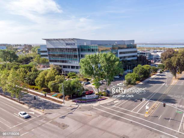 aerial:  establishing shot of yahoo headquarters in santa clara - yahoo images search stock pictures, royalty-free photos & images