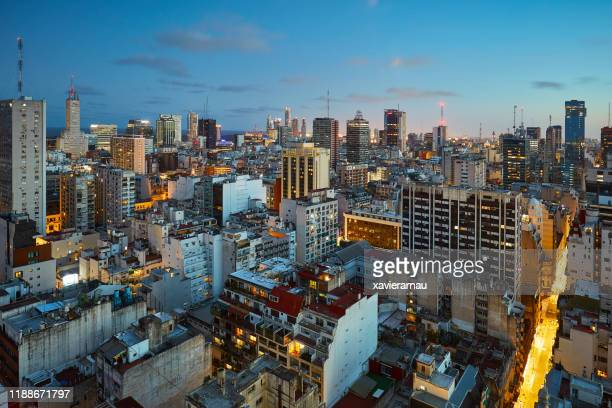 aerial night view at microcenter in buenos aires, argentina - buenos aires stock pictures, royalty-free photos & images