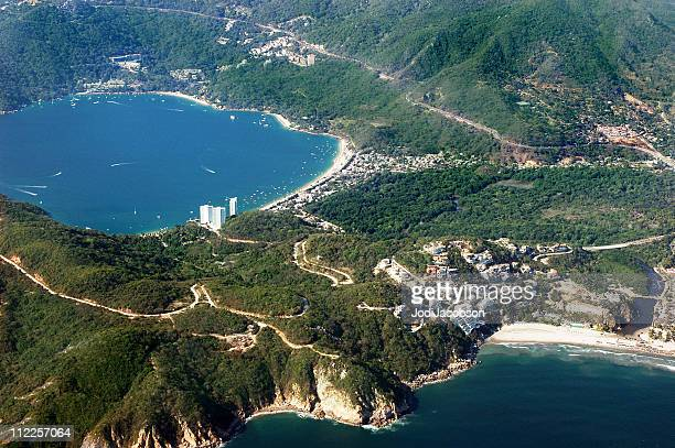 aerial  of acapulco bay mexico from both sides - acapulco stock pictures, royalty-free photos & images