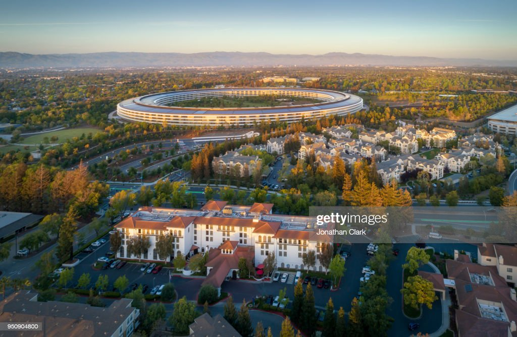 Aerial Of Apple Campus In Sunnyvale Cupertino Silicon Valley Usa