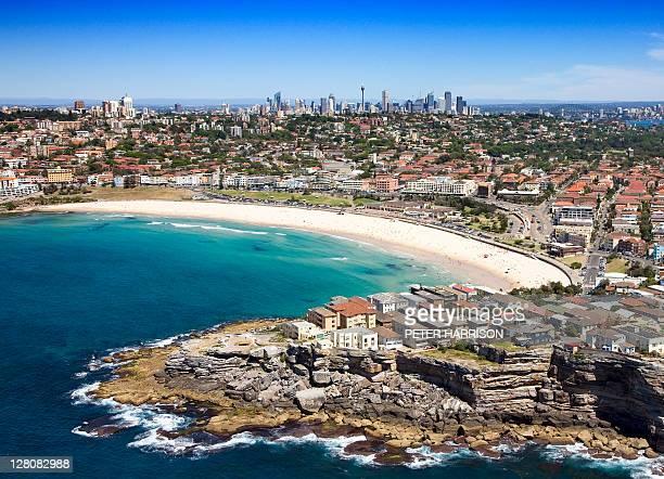 aerial of bondi beach, sydney, new south wales, australia - bundesstaat new south wales stock-fotos und bilder