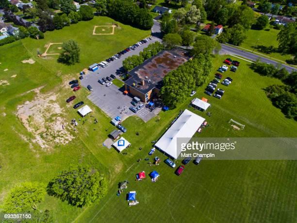 aerial of school festival - lake auburn - fotografias e filmes do acervo