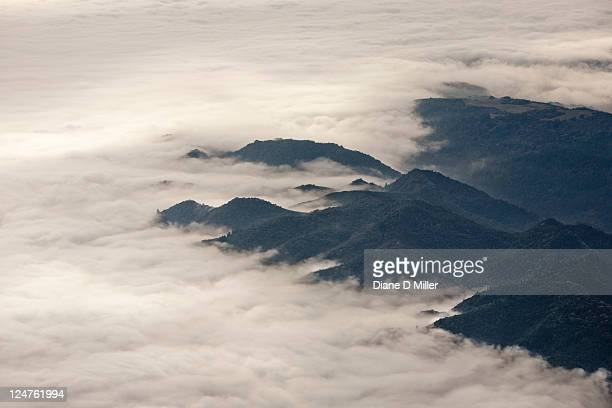 aerial of sierra foothills nw of yosemite np, california - foothills stock pictures, royalty-free photos & images