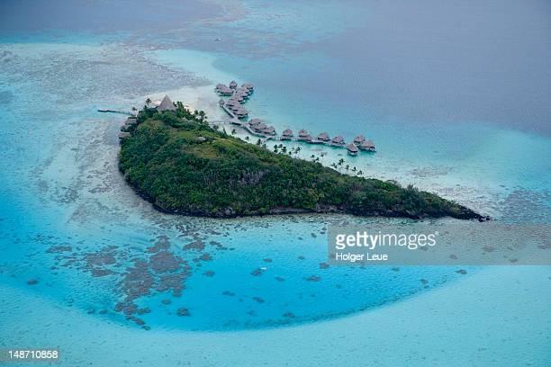 aerial of sofitel bora bora motu private island. - isola foto e immagini stock