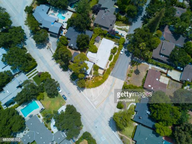 aerial of tree filled neighborhood - cul de sac stock pictures, royalty-free photos & images