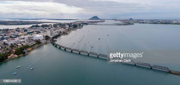 aerial over tauranga city, new zealand - mount maunganui stock pictures, royalty-free photos & images