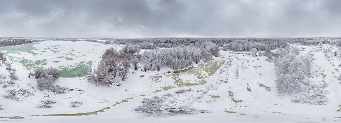 360° Aerial Panorama of frozen lake. Lakeside after snowfall - gettyimageskorea