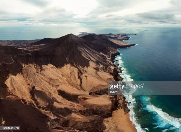 Panorama aéreo de la península de Jandia en Fuerteventura, Islas Canarias.