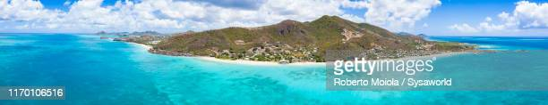 aerial panoramic of caribbean sea, antigua - isla martinica fotografías e imágenes de stock