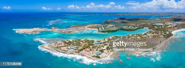 aerial panoramic of devil's bridge, antigua - islas mauricio fotografías e imágenes de stock