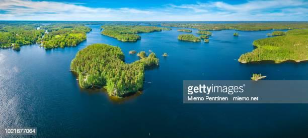 aerial panoramic view of archipelago in lake saimaa, finland - finlandia foto e immagini stock