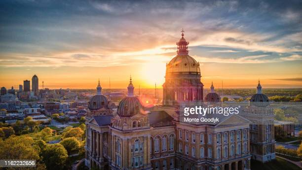aerial photo of downtown des moines from state capitol building - アイオワ州 ストックフォトと画像