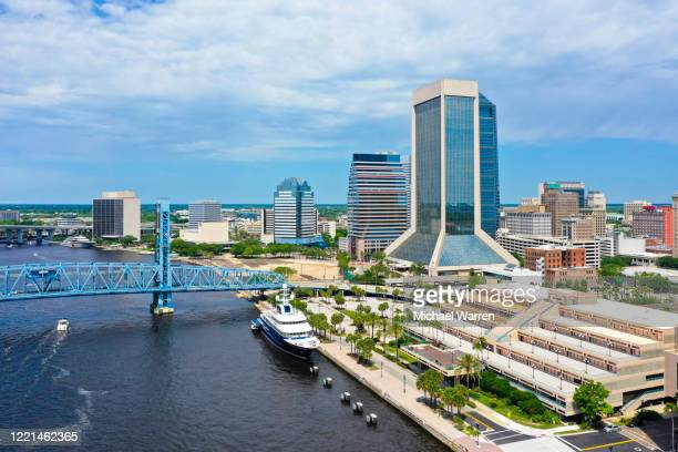 aerial photo of downtown jacksonville - jacksonville florida stock pictures, royalty-free photos & images