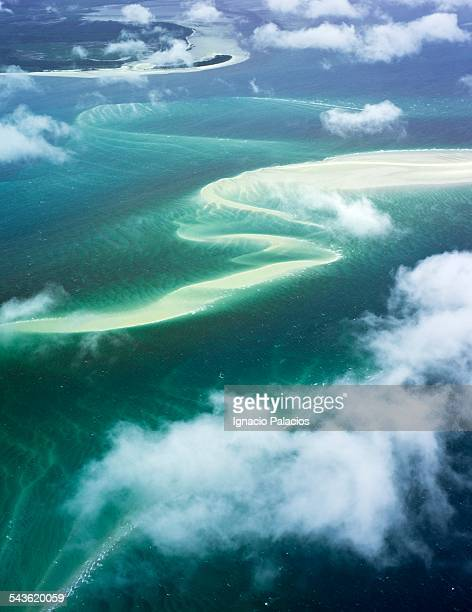 aerial photograph near fraser island - queensland stock-fotos und bilder