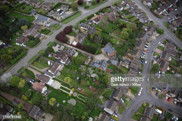 aerial photograph northamptonshire earls barton - dave ashwin stock pictures, royalty-free photos & images