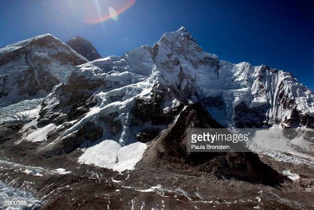 Aerial photograph of Mt Everest and Everest's West Shoulder with Nuptse May 15, 2003 on the Nepal - Tibet border. A record 1,000 climbers plan...