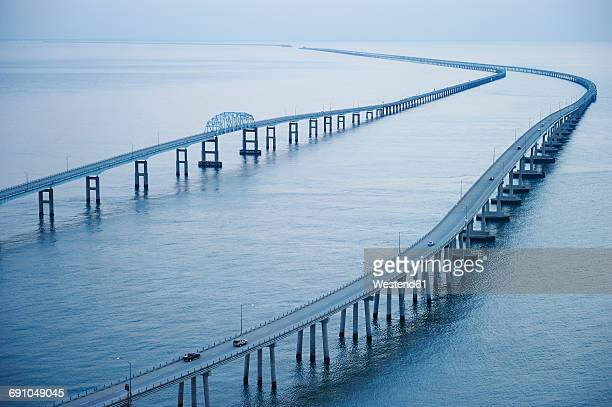 usa, aerial photograph of the chesapeake bay bridge tunnel - chesapeake bay bridge stock pictures, royalty-free photos & images