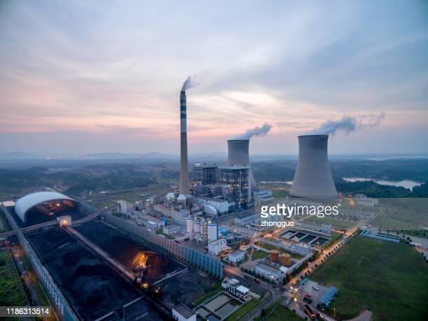 火力発電所の航空写真。 - 火力発電所 ストックフォトと画像
