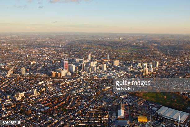 aerial photography skyline view east of croydon, cr0, cr9, uk. - east stock photos and pictures