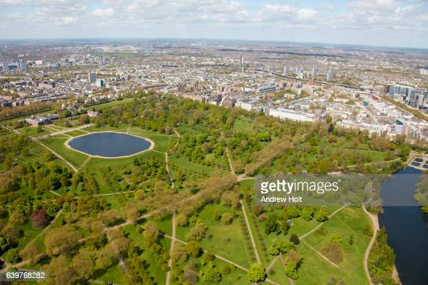 aerial photography view north of hyde park. london w2 uk. - hyde park westminster fotografías e imágenes de stock
