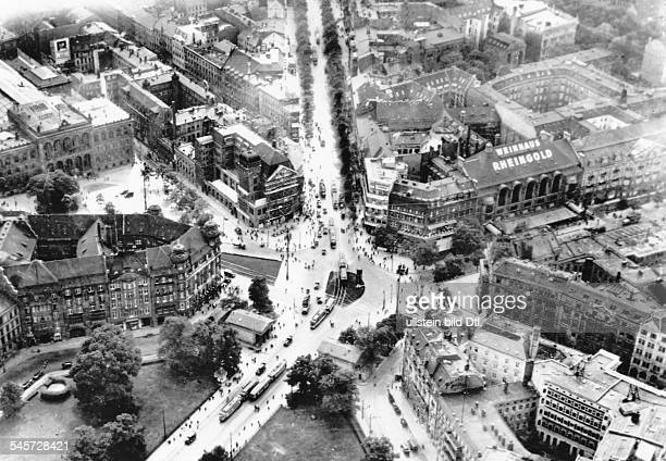 Aerial picture of Postdamer Platz in Berlin 1928 foreground 'Leipziger Platz'