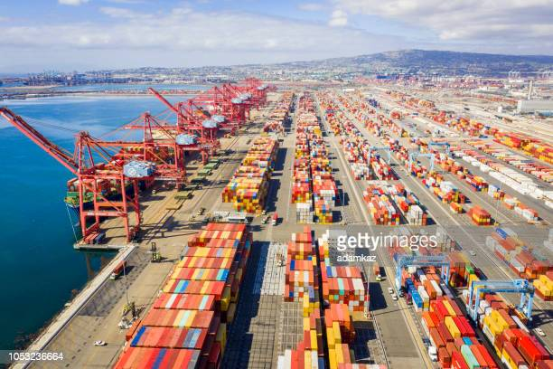 aerial port of long beach container yard - harbour stock pictures, royalty-free photos & images